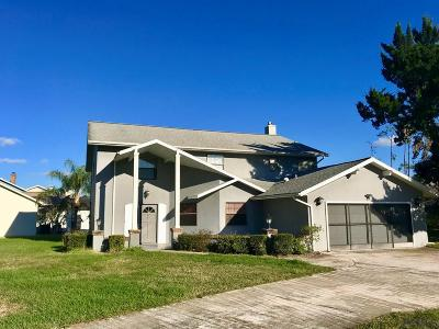 Palm Harbor Single Family Home For Sale: 23 Colechester Lane