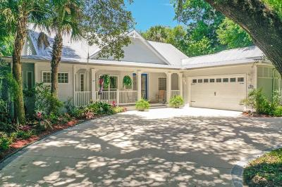 Palm Coast Single Family Home For Sale: 5620 N Ocean Shore Blvd