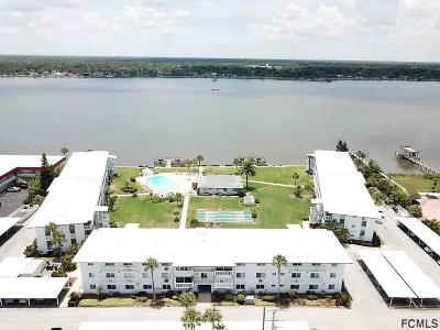 Daytona Beach Condo/Townhouse For Sale: 3013 N Halifax Avenue #6