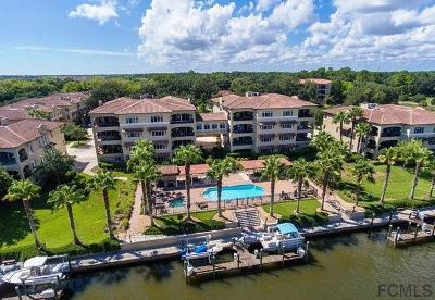 Palm Harbor Condo/Townhouse For Sale: 110 Club House Dr #101