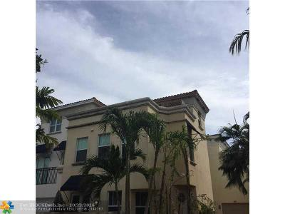 Broward County Condo/Townhouse For Sale: 204 NE 16th Ter #1