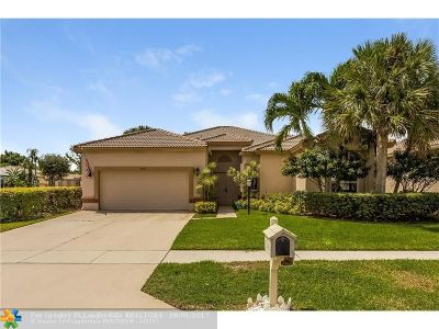 Lake Worth Single Family Home For Sale: 8490 Cypress Glen Ct