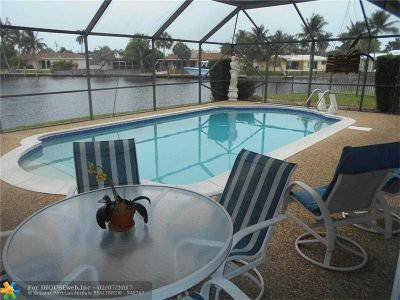 Pompano Beach Single Family Home For Sale: 670 SE 7th Ave