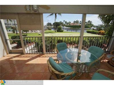 Deerfield Beach Condo/Townhouse For Sale: 390 N Federal Hwy #106