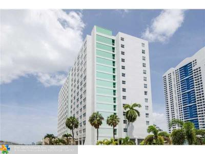 Miami Beach Condo/Townhouse For Sale: 1250 West Ave #3-J