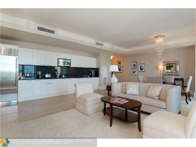 Fort Lauderdale Condo/Townhouse For Sale: 1 N Fort Lauderdale Beach Blvd #1711