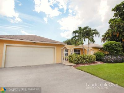 Single Family Home For Sale: 2310 SW 27th Te