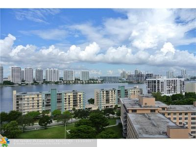 Sunny Isles Beach Condo/Townhouse For Sale: 231 174th St #1720