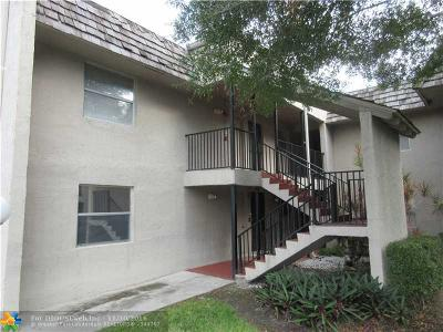 Coral Springs Condo/Townhouse For Sale: 2820 Riverside Dr #207