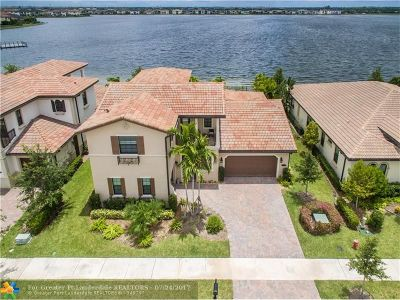 Parkland Single Family Home For Sale: 8720 Watercrest Cir