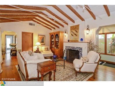 Rio Vista, Rio Vista C J Hectors Re, Rio Vista Isles Single Family Home For Sale: 1200 SE 6th St