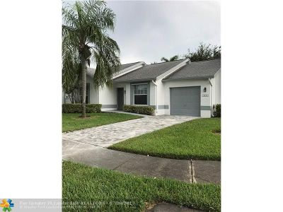 Tamarac Condo/Townhouse For Sale: 5939 NW 93rd Ter #5939