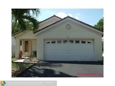 Weston Single Family Home For Sale: 503 Talavera Rd