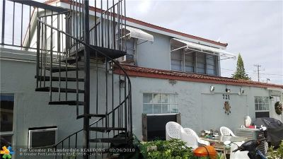 Lake Worth Multi Family Home For Sale: 721 N Dixie Hwy