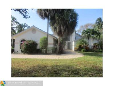 Broward County Single Family Home For Sale: 7111 Cutter Ct