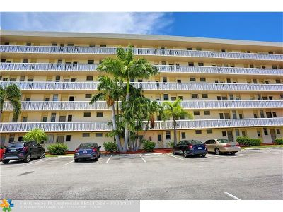 Aventura Condo/Townhouse For Sale: 2903 E Point East Dr #414