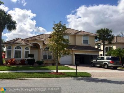Coconut Creek Single Family Home For Sale: 7127 W Pinecreek Way