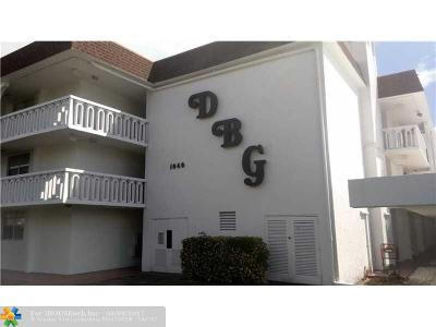 Deerfield Beach Condo/Townhouse For Sale: 1040 SE 4th Ave #123