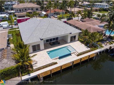Boca Raton Single Family Home For Sale: 800 NE 69th St