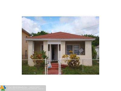 Miami Single Family Home For Sale: 1601 NW 65th St