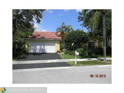Weston Single Family Home Backup Contract-Call LA: 531 Water Pt