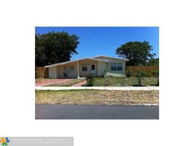 Boynton Beach Single Family Home For Sale: 1618 NE 4th Ct