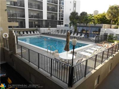 Sunny Isles Beach Condo/Townhouse For Sale: 201 178th Dr #331