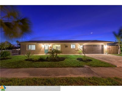 Pompano Beach Single Family Home For Sale: 1011 SE 5th Ave