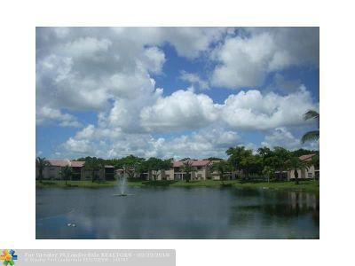 Boca Raton Condo/Townhouse For Sale: 9307 E Vista Del Lago #17-E