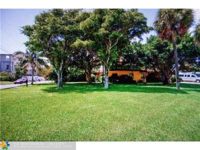 Pompano Beach Single Family Home For Sale: 1903 Bay Dr