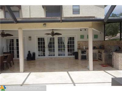 Deerfield Beach Single Family Home For Sale: 3352 Lake Shore Dr