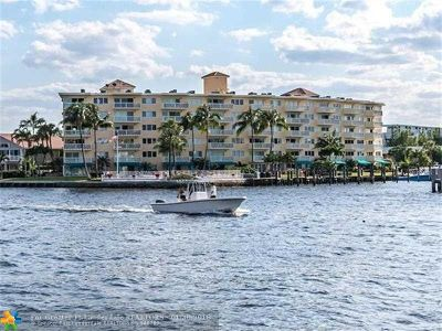 Pompano Beach Condo/Townhouse For Sale: 140 NE 28th Ave #208