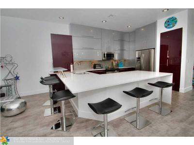 Lauderdale By The Sea Condo/Townhouse For Sale: 4550 Poinciana St