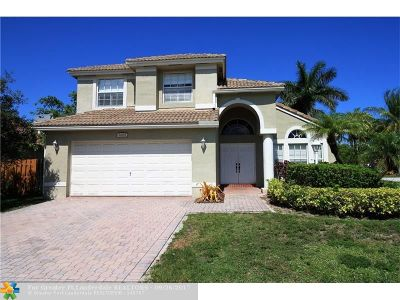 Pembroke Pines Single Family Home For Sale: 2005 NW 142nd Way