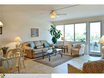 Fort Lauderdale Condo/Townhouse For Sale: 3233 NE 34th St #304