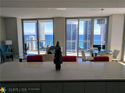 Hallandale FL Condo/Townhouse For Sale: $1,097,000