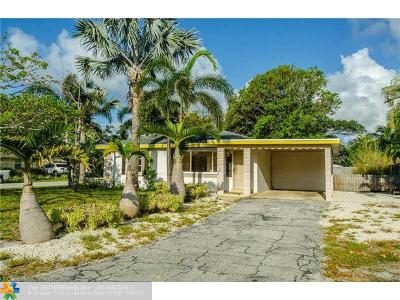 Delray Beach Single Family Home For Sale: 734 SE 4th Ave