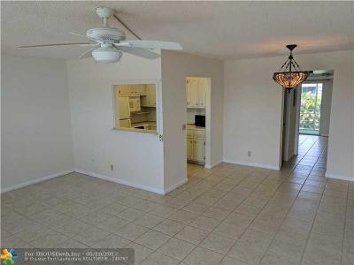 Deerfield Beach Condo/Townhouse For Sale: 407 Tilford S #407