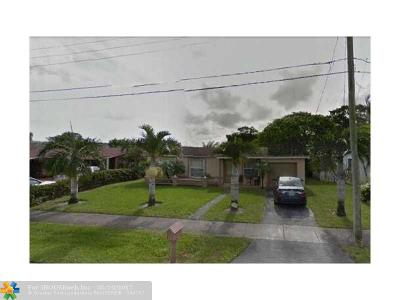 Lauderhill Single Family Home For Sale: 3520 NW 17th St