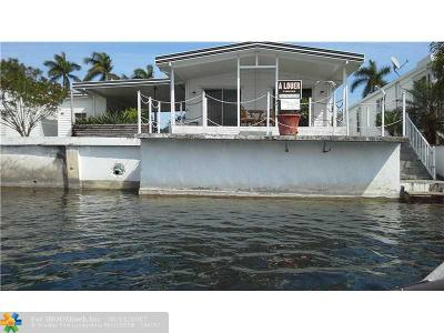 Hallandale Single Family Home For Sale: 104 Lake Shore Dr