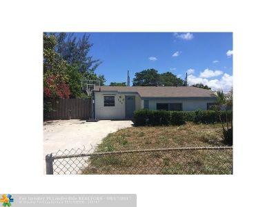 Boynton Beach Single Family Home For Sale: 520 NW 13th Ave