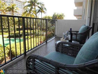 Lauderdale By The Sea Condo/Townhouse For Sale: 5000 N Ocean Blvd #202