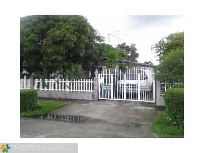 Lauderhill Single Family Home For Sale: 931 NW 34th Way