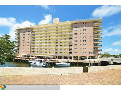 Hillsboro Beach Condo/Townhouse For Sale: 1160 Hillsboro Mile #202
