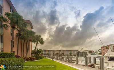 Delray Beach Condo/Townhouse For Sale: 931 Gardenia Dr #268