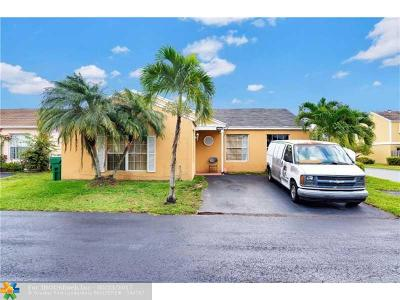 Miami Single Family Home For Sale: 14569 SW 126th Pl