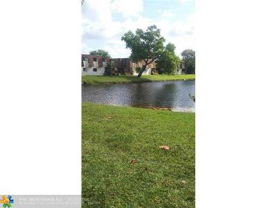 North Lauderdale Condo/Townhouse For Sale: 222 San Remo Blvd #222