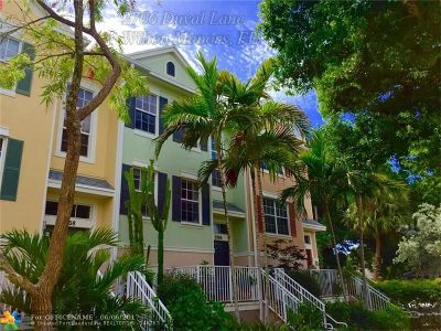 Wilton Manors Condo/Townhouse Backup Contract-Call LA: 2706 Duval Ln #2706