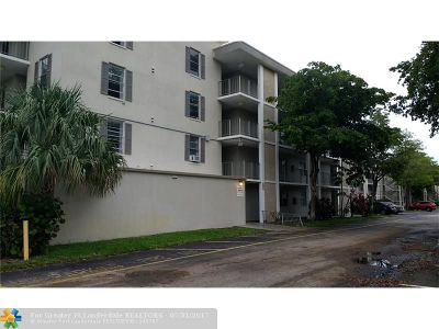 Lauderdale Lakes Condo/Townhouse For Sale: 2900 NW 48th Ter #306