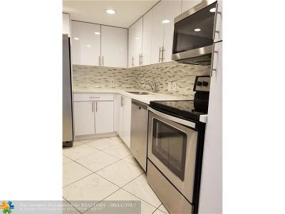 Aventura Rental For Rent: 20500 W Country Club Dr #202